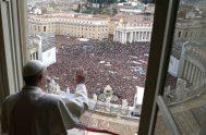 """11/02/2019 – El Papa Francisco animó a los fieles cristianos a obedecer con confianza los preceptos de Dios, porque """"genera un resultado prodigioso"""".…"""