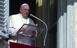 """18/03/2019 – """"El sufrimiento no es un sadomasoquismo, es un pasaje necesario, pero transitorio"""". Con esas palabras explicó el Papa…"""