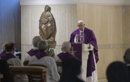 18/03/2019 – Durante la Misa celebrada este lunes 18 de marzo en la Casa Santa Marta, el Papa Francisco animó…