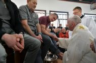 18/04/2019 – El Papa Francisco se trasladó al Centro Penitenciario de Velletri, ubicado a unos 60 kilómetros de Roma, en donde celebro, junto…