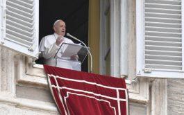 29/04/2019 – Tras rezar la oración mariana del Regina Coeli, el Papa Francisco lanzó un llamamiento para que los refugiados…