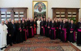 17/05/2019 – En lo que fue eltercer encuentro de la visitaad líminaal Papa francisco por parte de los obispos argentinos,…