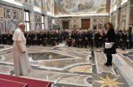21/05/2019-El Papa Francisco se reunió con los miembros de la Asociación de la Stampa Estera, de la que forman parte la mayoría de…