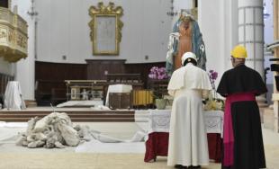 17/06/2019 –El Papa Francisco visitó a algunas familias de Camerino, una pequeña localidad de 7.000 habitantes del centro-norte de la península itálica, que fue en parte destruida por el terremoto de 2016…
