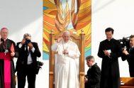 03/06/2019 – Como sucede cada domingo, el Papa Francisco rezó la oración del Regina Coeli pero, en esta ocasión, el escenario fue otro…