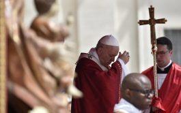 10/06/2019 –Luego de finalizada la Misa de Pentecostés, el Papa Francisco rezó la oración del Regina Coeli ocasión en la…