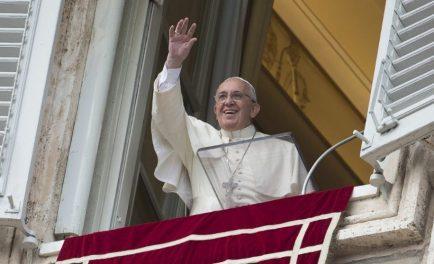 19/08/2019 –Antes del rezo del Ángelus dominical, el Papa Francisco brindó un mensaje en consonancia a la lectura del día. En su enseñanza, el Santo Padre hizo un llamado a la coherencia…