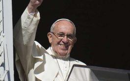 25/08/2019 –Durante el rezo del Ángelus en la plaza de San Pedro, el Papa Francisco comentó el pasaje del Evangelio…