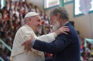 08/09/2019 –Uno de los momentos más esperados del 31 viaje apostólico del Papa Francisco fue el abrazo entre el Pontífice y el sacerdote…