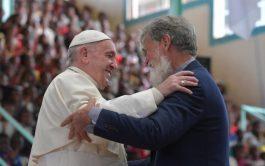 08/09/2019 –Uno de los momentos más esperados del 31 viaje apostólico del Papa Francisco fue el abrazo entre el Pontífice…
