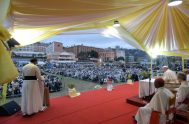 08/09/2019 –La última actividad pública del Papa Francisco en Madagascar, fue su encuentro con los sacerdotes, consagrados y seminaristas.El Papa pidió derrotar el…
