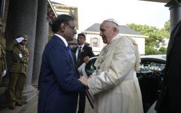 09/09/2019 –Antes de finalizar su viaje a Mauricio y emprender el regreso a Roma después de un viaje por África…