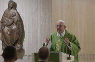 25/10/2019 –En su homilía de la Misa celebrada en la Casa Santa Marta de este 25 de octubre, el Papa Francisco reconoció que…