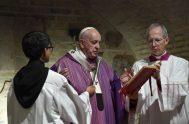 02/11/2019 – En el día de la conmemoración de todos los fieles difuntos, el Papa Francisco celebró la Eucaristía en las catacumbas de…