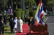 21/11/2019 –Arrancó el programa de actividades del Papa Francisco en Tailandia con una ceremonia de bienvenida en la Casa del Gobierno del Primer…