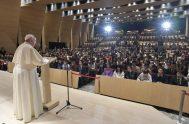 """26/11/2019 – En la última actividad de su visita apostólica a Japón, el Papa Francisco dio un discurso en la """"Sophia University"""" de…"""