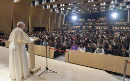 26/11/2019 – En la última actividad de su visita apostólica a Japón, el Papa Francisco dio un discurso en la…