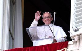 """10/11/2019 –El Papa Francisco explicó que """"la resurrección se basa internamente en la fidelidad de Dios que es el Dios…"""
