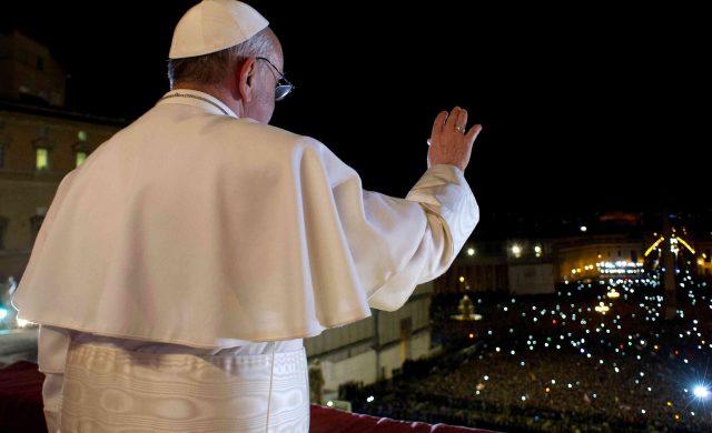 El 13 de marzo de 2013, es elegido Papa y adopta para si el nombre de Francsico