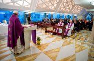 19/12/2019 –En la misa celebrada por el Papa Francisco en la casa Santa Marta, usó esta imagen: El desierto florecerá; remitiéndose al profeta…