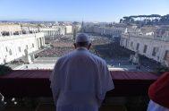 25/12/2019 – El Papa Francisco ha pronunciado, desde el Balcón central de la Basílica Vaticana, su tradicional Mensaje navideño y ha impartido la…