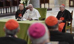 """23/02/2020 –El Papa Francisco se reunió con 58 obispos del Mediterráneo en la ciudad italiana de Bari para clausurar el encuentro """"Mediterráneo frontera de paz"""", iniciativa organizada por la Conferencia Episcopal Italiana.…"""