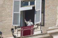 16/02/2020 –Durante el rezo del Ángelus este domingo 16 de febrero en la plaza de San Pedro del Vaticano, el Papa Francisco advirtió…