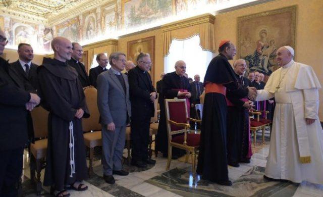21/02/2020 –El Papa Francisco recibió a los participantes en la Sesión plenaria del Pontificio Consejo de los Textos Legislativos. En esta Asamblea plenaria revisaron el borrador del Libro VI del Código de…