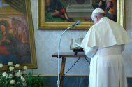 """12/03/2020 –En un video mensaje, el Santo Padre pidió a la milagrosa Virgen del Santuario de Castel di Leva """"protección"""" ante la emergencia…"""
