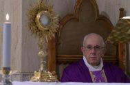 23/03/2020 –El Papa Francisco comenzó la Misa celebrada este lunes 23 de marzo en su residencia de Casa Santa Marta pidiendo rezar por…