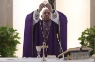 12/03/2020 –En la misa de esta mañana, el Papa Francisco invitó a rezar por las autoridades que tienen que tomar decisiones ante la…
