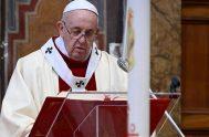 """19/04/2020 –El Papa Francisco aseguró este Domingo de la Divina Misericordia que """"la misericordia no abandona a quien se queda atrás"""". El Santo…"""