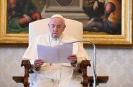 """22/04/2020 –El Papa Francisco hizo un llamado a """"redescubrir el sentido sagrado del respeto a la tierra, para que no sea únicamente nuestra…"""