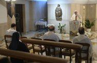 27/4/2020 –Este 27 de abril, en la Misa en la Casa Santa Marta, el Santo Padre pidió por los artistas y recordó el…