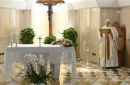 11/05/2020 –El Papa Francisco ofreció la Misa celebrada este lunes 11 de mayo en Casa Santa Marta por las personas que durante la…