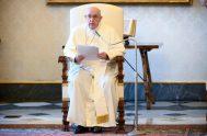 """10/06/2020 – El Papa Francisco subrayó que Dios """"nos sorprenderá en el momento en el que no lo esperamos, en el que nos…"""