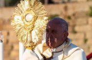 09/06/2020 – El próximo domingo, 14 de junio, el Papa Francisco presidirá la misa con motivo de la solemnidad de Corpus Christi en…
