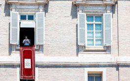 """26/07/2020 –El Papa Francisco señaló que se necesitan """"buscadores sanamente inquietos del Reino de los cielos"""", personas dispuestas a abandonar…"""