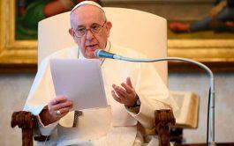 """29/07/2020 –El agradecimiento es """"una característica distintiva del cristiano"""", aseguró el Papa Francisco. En un mensaje publicado en su perfil…"""
