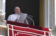 12/07/2020 -El Papa Francisco momentos después de rezar la oración del Ángelus, expresó su pesar por Santa Sofía en Turquía. La Basílica de…