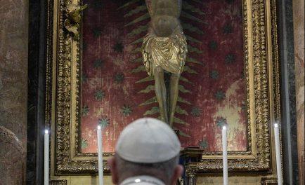 """05/08/2020- El Papa Francisco inició hoy un nuevo ciclo de Catequesis para afrontar las cuestiones apremiantes que la pandemia ha puesto de relieve, sobre todo las enfermedades sociales: """"a la luz del…"""