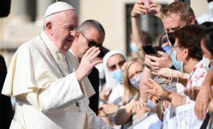 16/09/2020 –El Papa Francisco destacó este miércoles 16 de septiembre durante la Audiencia General que el mejor antídoto para el cuidado de la casa común es la contemplación. Durante su catequesis realizada…