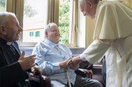 """17/09/2020 –Mensaje del Papa Francisco a los participantes de la """"Jornada de sacerdotes ancianos y enfermos de Lombardía"""", reunidos en el Santuario de…"""
