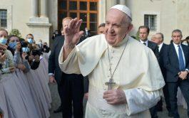 """30/09/2020 –El Papa Francisco rezó para que """"Dios nos conceda 'viralizar' el amor y globalizar la esperanza a la luz…"""