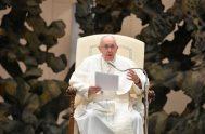 """14/10/2020 –Continuando con su ciclo de catequesis sobre """"La Oración"""", el Papa Francisco reflexionó este miércoles, 14 de octubre, sobre el Libro de…"""