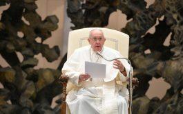 """14/10/2020 –Continuando con su ciclo de catequesis sobre """"La Oración"""", el Papa Francisco reflexionó este miércoles, 14 de octubre, sobre…"""