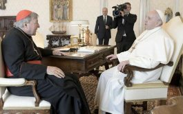 13/10/2020 –El Papa Francisco recibió en audiencia privada este al Cardenal George Pell, prefecto emérito de la Secretaría para la…
