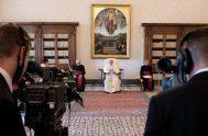 30/10/2020 –La oficina de prensa de la Santa Sede informó que a partir de la próxima semana las Audiencias Generales del Papa Francisco…