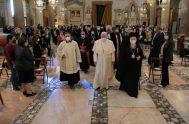 """20/10/2020 – El Papa Francisco participó en el 34º Encuentro Internacional de Oración por la Paz titulado """"Nadie se salva solo. Paz y…"""