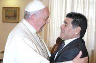 26/11/2020 –El mundo del deporte lamenta la muerte del futbolista argentino Diego Armando Maradona, considerado por muchos el mejor jugador de todos los…